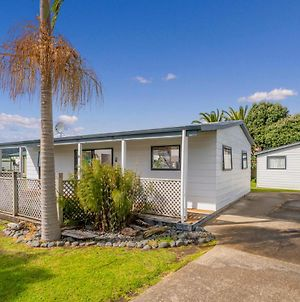 Endeavour Cottage - Whitianga Holiday Home photos Exterior