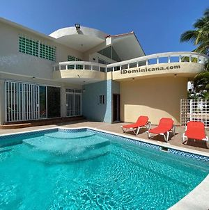 Villa 4 Bd. 2 Swimming Pool. Near The Beach photos Exterior