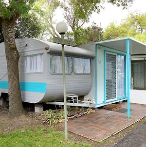 Mornington Peninsula Retro Glamping photos Exterior