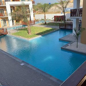 Forest View Luxury Apartment In 3Mins Walk To Beach Pool View Wifi photos Exterior