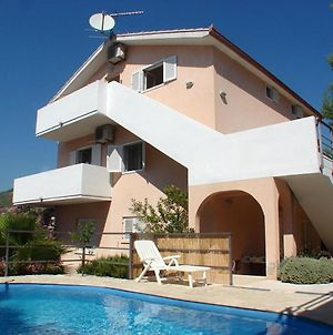 Family Friendly Apartments With A Swimming Pool Seget Vranjica 14409 photos Exterior