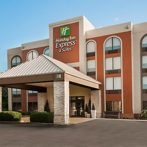 Holiday Inn Express Hotel & Suites Bentonville photos Exterior