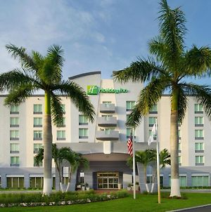 Holiday Inn Miami-Doral Area photos Exterior