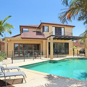 Tarcoola 41 - 5 Bdrm Canal Home With Pool photos Exterior