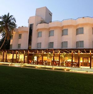 Hotel Express Residency Vadodara photos Exterior