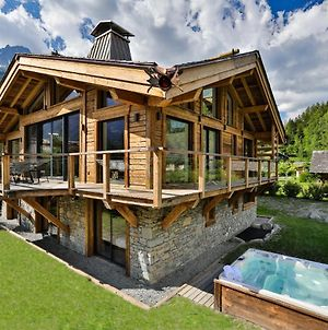 Black Stone Chalet photos Exterior