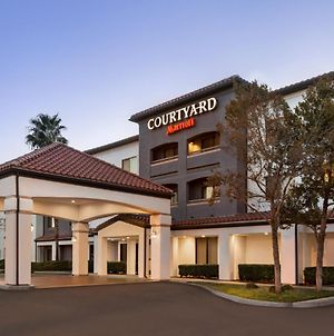 Courtyard By Marriott Palmdale photos Exterior
