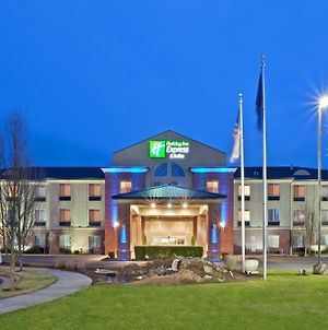 Holiday Inn Express Hotel & Suites Albany photos Exterior