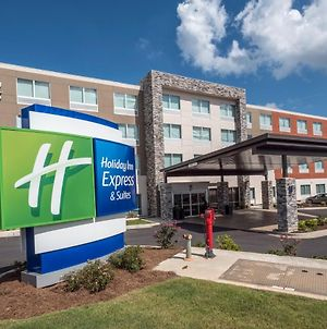 Holiday Inn Express & Suites - Commerce, An Ihg Hotel photos Exterior