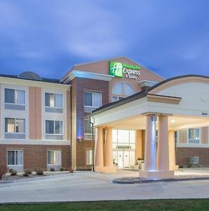 Holiday Inn Express Hotel & Suites Ames, An Ihg Hotel photos Exterior