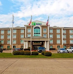 Holiday Inn Express Hotel & Suites Corsicana photos Exterior