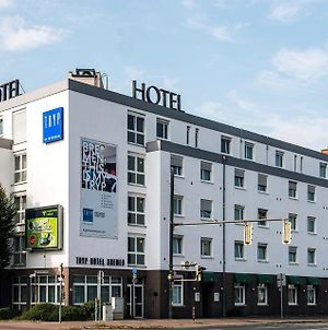 Tryp By Wyndham Bremen Airport photos Exterior