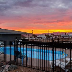Efficient Lake Havasu Apartment With Private Pool! photos Exterior