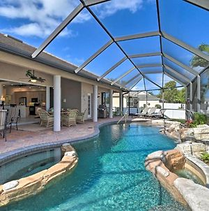Expansive Cape Coral Retreat With Lagoon Pool & Spa! photos Exterior
