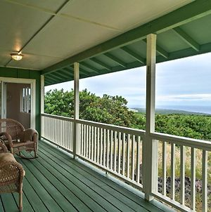Palaoa House With Lanai And Ocean Views-By South Point photos Exterior