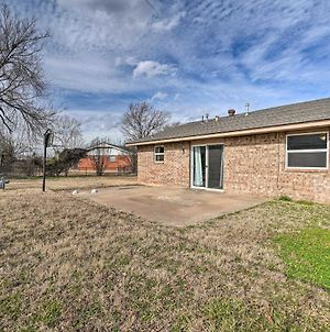Metro Home - 2 Mi To Tinker Air Force Base! photos Exterior