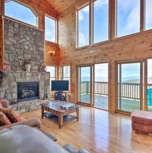 Getaway With Game Room And Views - 3 Mi To Beech Mtn! photos Exterior