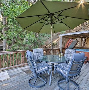 Secluded Cabin With Hot Tub - Walk To Lake Gregory! photos Exterior