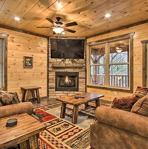 Luxe Cabin With Home Theater Less Than 2 Miles To Gatlinburg photos Exterior