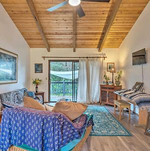 Peaceful Abode With Deck, 13 Mi To Black Sand Beach! photos Exterior