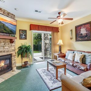 Downtown Delight, 2 Bedrooms, Pool, Hot Tub, Sleeps 6 photos Exterior