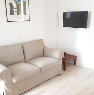 House With One Bedroom In Rosnysousbois With Wonderful City View And Wifi photos Exterior
