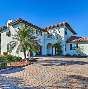 Mediterranean Home With Lanai And Heated Pool! photos Exterior