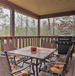 Cabin With Air Hockey Less Than 10 Mi To Dollywood & Parkway! photos Exterior