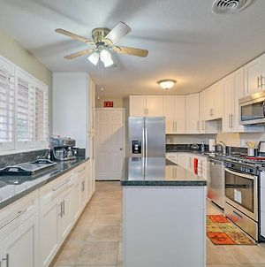Quiet Home With Patio About 4 Mi To Utep & Airport! photos Exterior