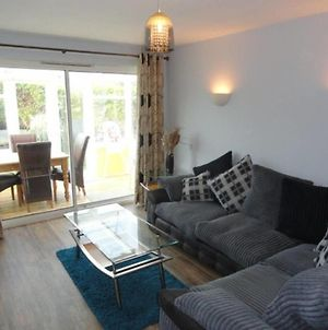Immaculate 3-Bed House In Fairbourne photos Exterior