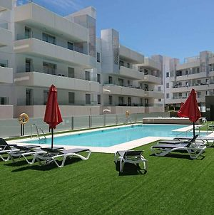 38 - Modern 2 Bed Apartment In Urb. Aqua With Pool Views. Close To The Beach And Town Center photos Exterior