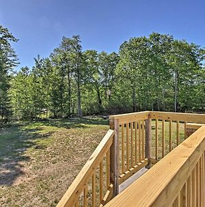 Standish Apartment With Deck - 2 Mi To Sebago Lake! photos Exterior
