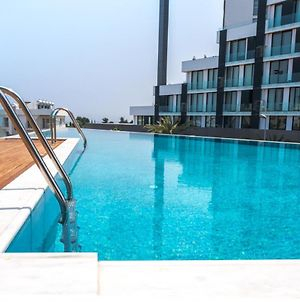 Brand New W/ Rooftop Pool In The Heart Of Kyrenia photos Exterior