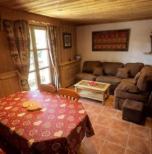 Apartment With 2 Bedrooms In Megeve With Wonderful Mountain View Furnished Garden And Wifi 300 M From The Slopes photos Exterior