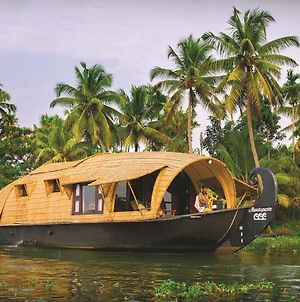 Pamba House Boat By Vista Rooms photos Exterior