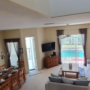 Lovely 4 Bedroom 3 Bath With Private Pool photos Exterior