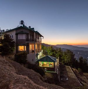 Golden Cypress: Sunsets Over Snow-Capped Mountains photos Exterior