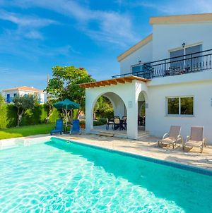 Sun Beach Villa Tria photos Exterior