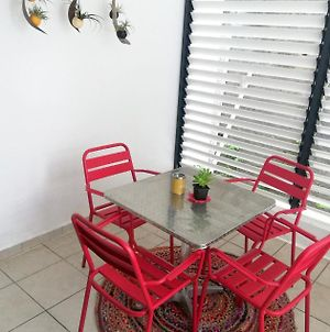 Apartment With One Bedroom In Saint Denis With Furnished Balcony And Wifi 30 Km From The Beach photos Exterior