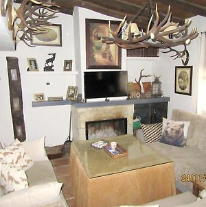 House With 5 Bedrooms In El Alcornocal With Furnished Terrace And Wifi photos Exterior