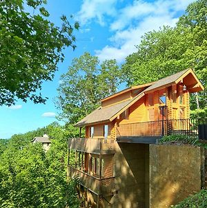 Emerald City Lights #203 By Aunt Bug'S Cabin Rentals photos Exterior