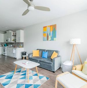 Queen Bed, Near Uptown, Airport, Food & Panthers Stadium photos Exterior