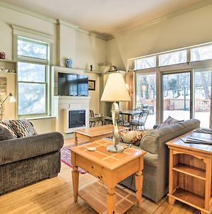 Charming Saugatuck Condo With Private Deck And Grill! photos Exterior