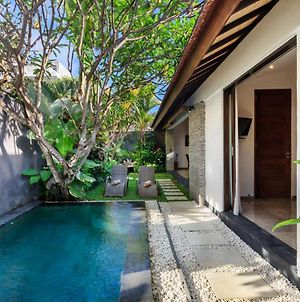 Beautiful Villa With Private Pool, Bali Villa 2011 photos Exterior