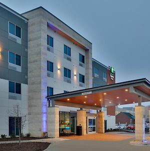 Holiday Inn Express And Suites Plano East photos Exterior