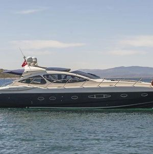 Yat Azimut 55 photos Exterior