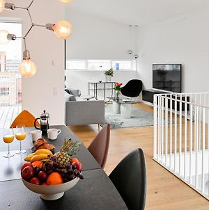 An Amazing 3-Bedroom Apartment With Authentic Danish Designers Furniture photos Exterior