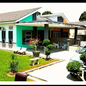 Taiping Homestay Husna Afina photos Exterior