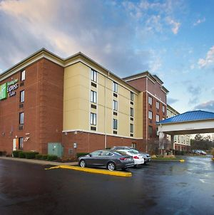 Holiday Inn Express Hotel & Suites Columbus Airport, An Ihg Hotel photos Exterior