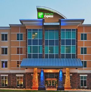 Holiday Inn Express & Suites North Dallas At Preston photos Exterior